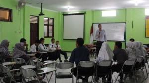 Native Speaker Program SMP Mugadeta Yogya