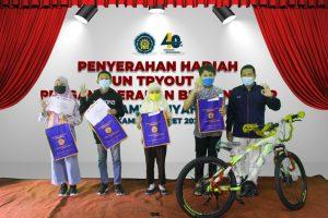 SMP Mugadeta Anugerahkan Bintang BDR